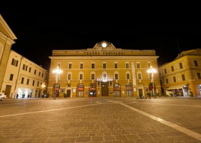 Jesi (An) - Piazza e Teatro Pergolesi